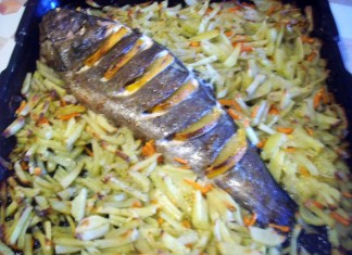 ryba-zapechenaya-s-limonom-i-kartofelem