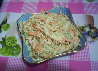 salat-iz-redki-i-morkovi-s-kolbasnym-syrom