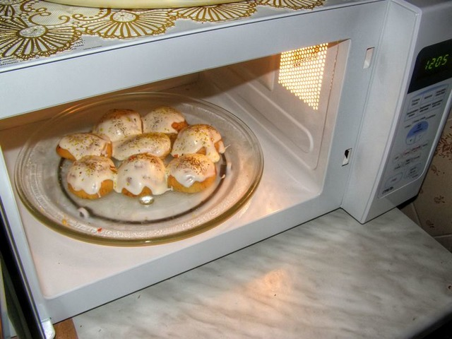 Техника на кухне или зачем нужна микроволновка