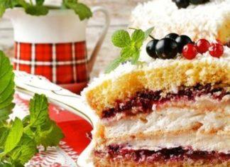 biskvitnyj-tort-s-beze-v-multivarke