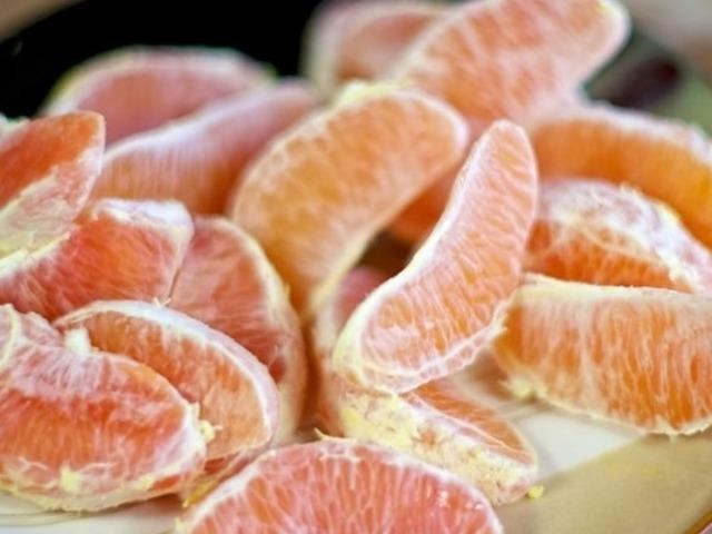Рулет из курицы с печенью и апельсинами