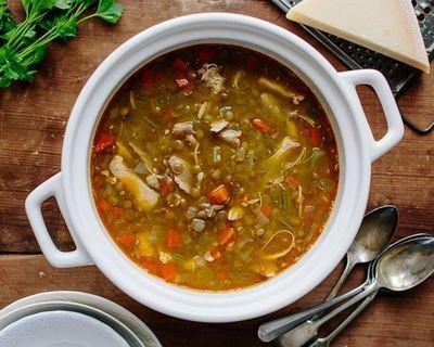 Куриный суп с перловкой - 5 легких рецептов