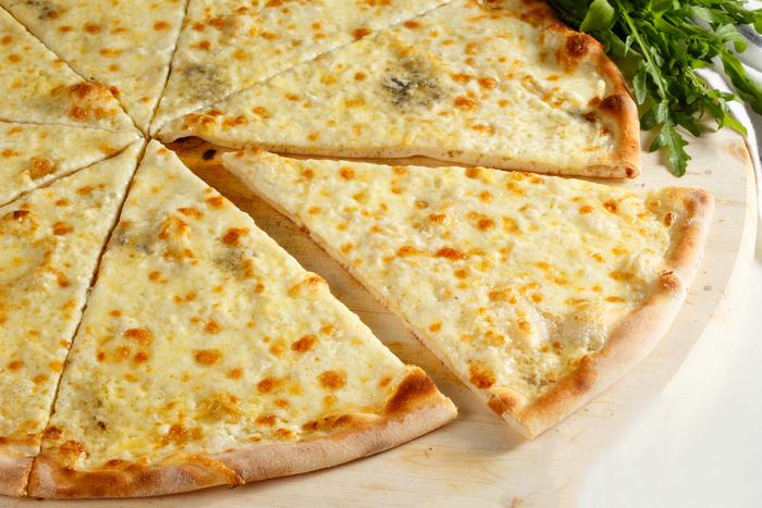 Топ-3 вида пиццы с белым соусом