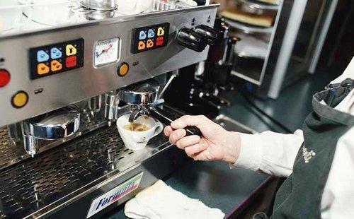 Кофейное оборудование от кофемолки до суперавтомата