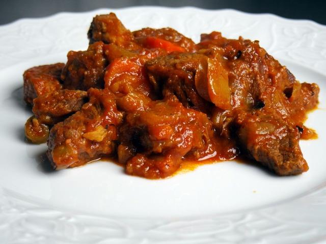 мясо тушеное луком рецепт фото