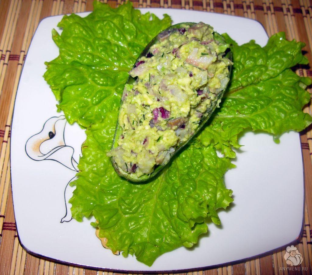 Салат из сельди и авокадо (8)