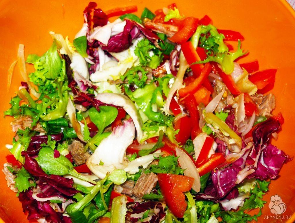 Салат из отварной говядины и свежих овощей (5)