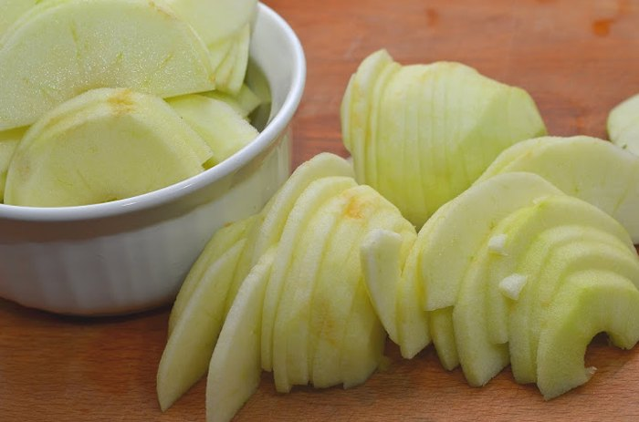 Немецкий яблочный панкейк