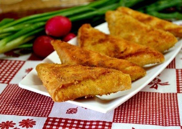 Аппетитные треугольники из лаваша