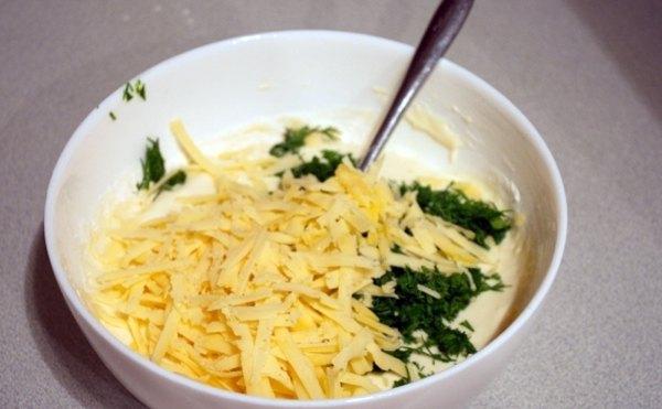 Оладьи с сыром и зеленью3