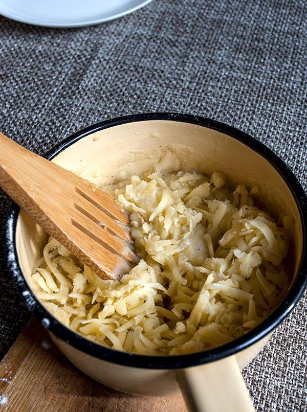 Паста с курицей брокколи и сырным соусом3