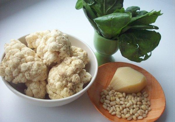Цветная капуста с сыром и шпинатом1