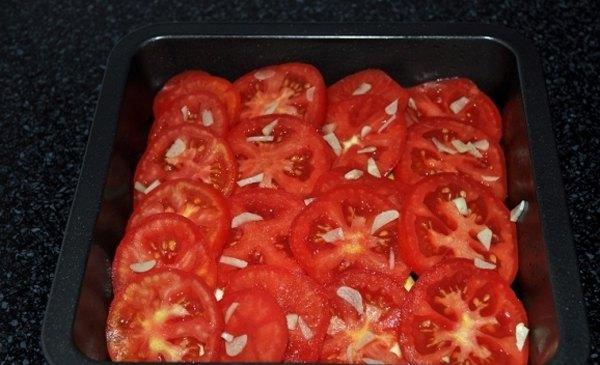 Баклажаны с помидорами и сыром5