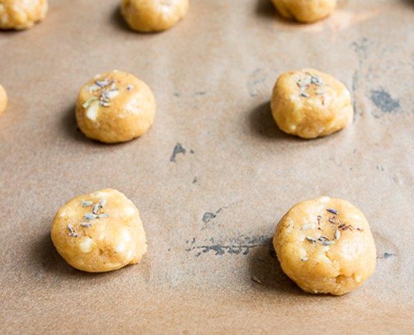 Лавандовое печенье с белым шоколадом4
