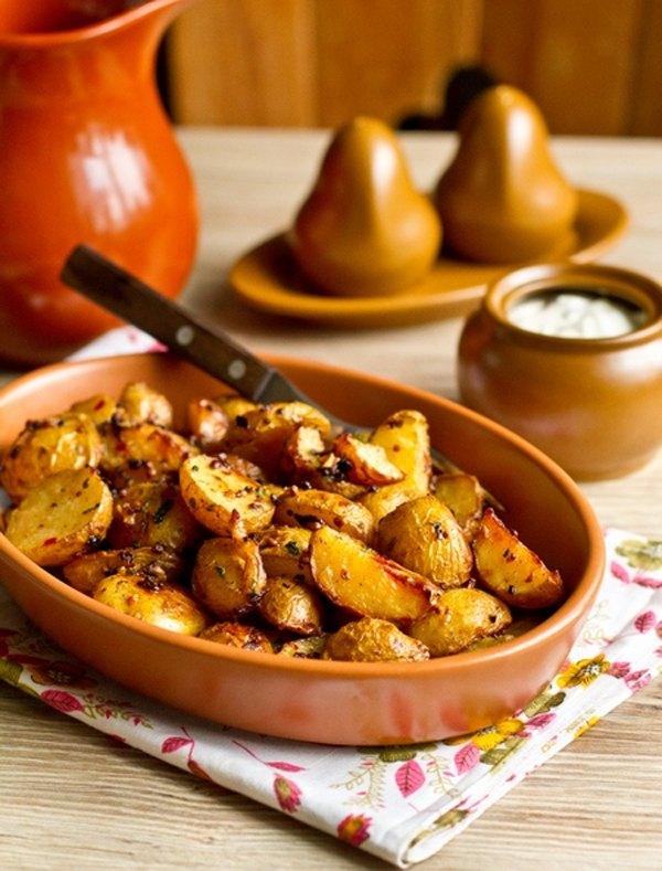 Остро пряный печеный картофель4