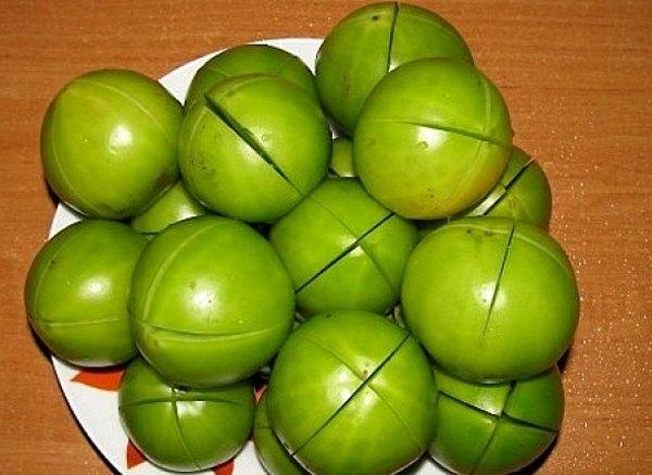 Квашеные зеленые помидоры1