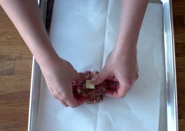 Мясные шарики с сыром2