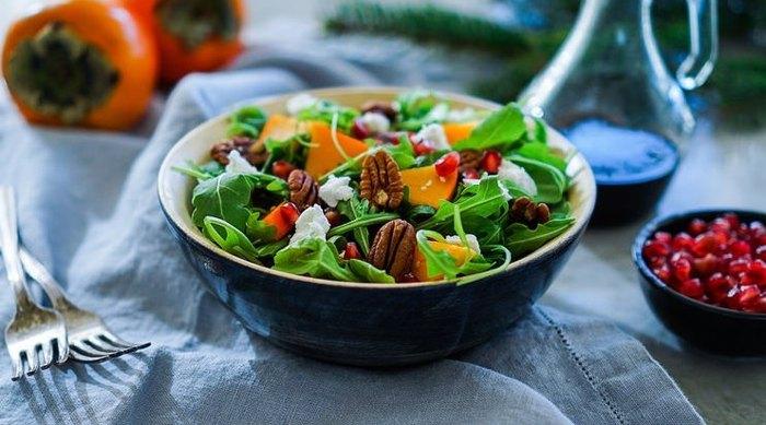 Салат с хурмой (4)